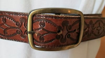 Men's Women's  Unisex Vtg Genuine USA Tooled Leather Western Belt 32. Beautiful