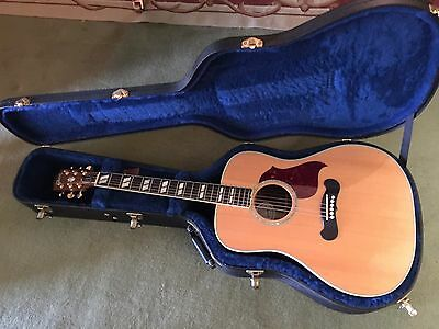 Gibson Songwriter DLX Studio Acoustic Guitar