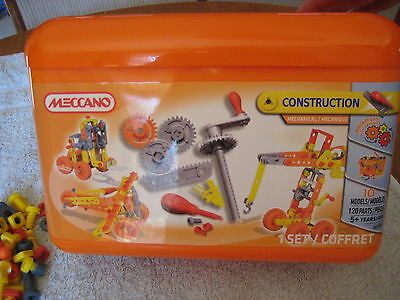 MECCANO CONSTRUCTION KIT, makes 10 models, complete set in box