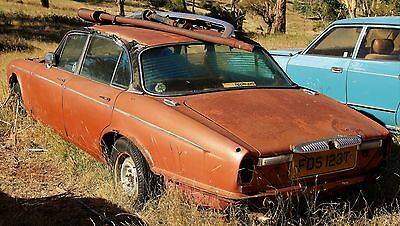 1978 Daimler Double-Six S2 Vanden Plas: no motor & suitable only for parts