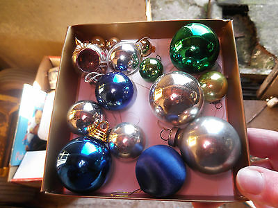 Vintage/retro/old Christmas/xmas Tree Bauble/decorations