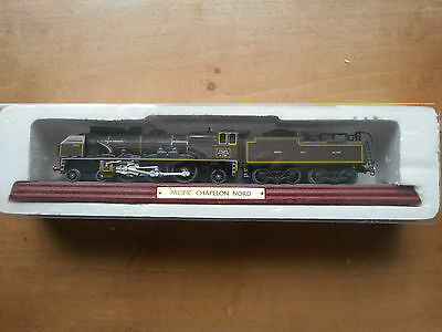 Atlas Edition Train 3 904 003 on label. PACIFIC CHAPELON NORD on wooden plinth