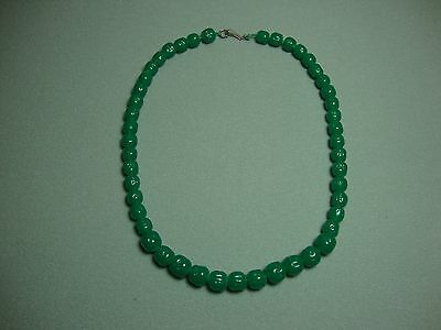 1950's Green Jade Graduated Carved Bead Necklace