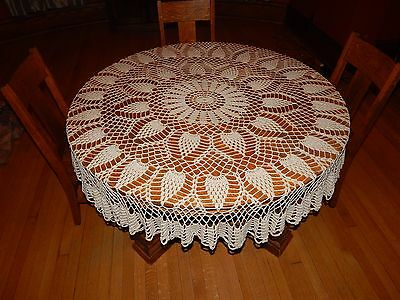 """Vintage Pineapple Hand Crochet Floral Lace Round Table Cloth 66"""""""