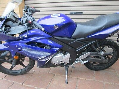 YZF-R15 complete engine      wrecking most parts