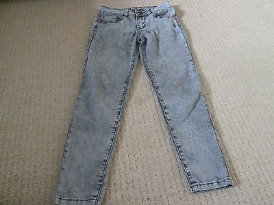 Light Grey Skinny Jeans Aged 9-10 Good Condition