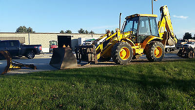 """2000 Jcb 214S - 3460 Hrs - With 60"""" Forks, Bucket, 9' Snow Plow,  Compactor"""