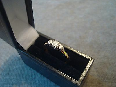 LADIES .750 18CT YELLOW GOLD DIAMOND .20ct RING 2.2g SIZE K 1/2 BOXED REF 0806