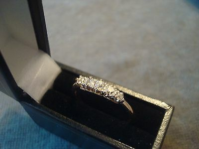 LADIES .750 18CT YELLOW GOLD DIAMOND .33ct  RING 2.2g SIZE Q BOXED REF 0831