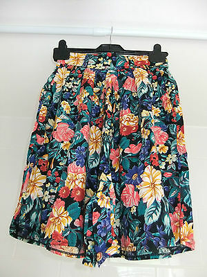 Vintage Skirt Style Shorts With Pockets 80s Floral Flared Shorts Size 8 10 12