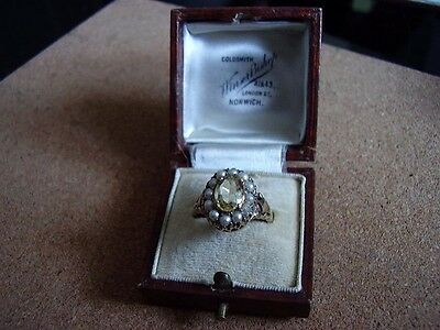 Stunning ladies 9ct gold antique gem stone & seed pearl ring with box