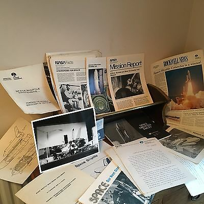 Huge Lot NASA Space Shuttle News Reference Journalist Info Circa 1980s