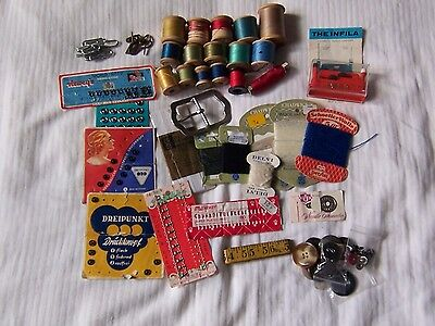 Collection of Vintage Haberdashery Items.