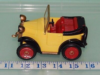 Brum Golden Bear Pull Back and Go Friction Powered Car Wibbly Wobbly Eyes