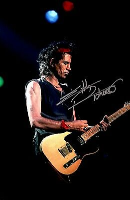 Music Keith Richards Original Hand Signed Photo 12x8 With COA