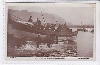 Vintage Rotary Postcard Launching The Lifeboat, Scarborough, Yorkshire