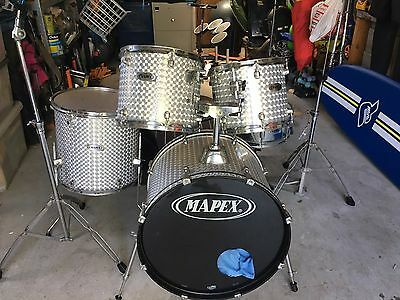 Mapex 5 Piece Drum Set Last Offer- Pick Up Today!!!