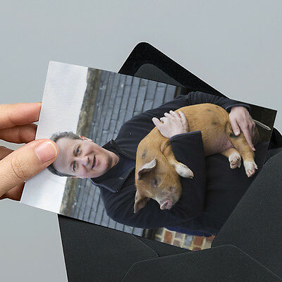 David Cameron with Pig Photo - 6x4 inch - Un-signed with Unsealed Gift Envelope