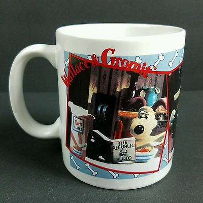 Vintage Wallace and Gromit Coffee Mug Cup Breakfast While Reading Newspaper 1989
