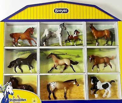 BREYER Horse Crazy Shadow Box with 10 Horses Stablemates 1:32 Scale 5425