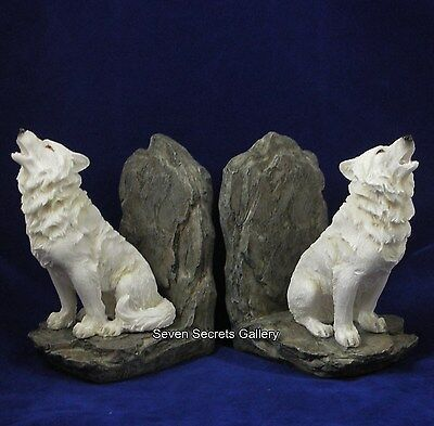 Snow Wolf Bookends Statue Wolves Book End Figurine Nemeis Now Ornaments | NEW IN