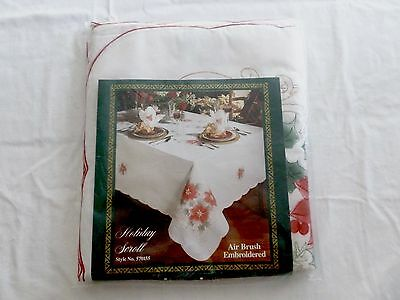 Vintage Christmas Tablecloth Embroidered Poinsettia 8 Napkin Set 66X84 Gold Red