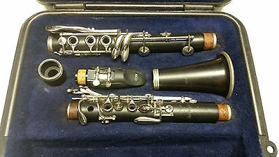 Selmer 100 Wood Clarinet / Fully Serviced & Play tested! Good playing condition!
