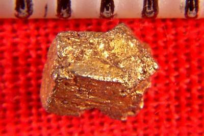 PLATINUM CRYSTAL NUGGET NATURALLY COATED WITH GOLD from SIBERIA - 1.8 Carats