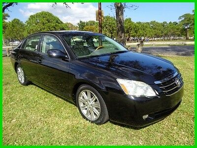 2006 Toyota Avalon Limited 2006 Avalon Limited Heat/Cool Seats 23K Miles Clean Carfax Sunroof No Reserve !