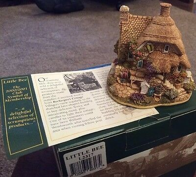 Lilliput Lane  Little Bee....Bee Keepers Cottage