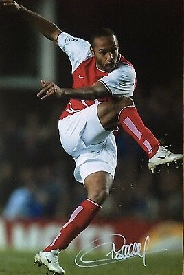Soccer Arsenal Thierry Henry Original Hand Signed Photo 12x8 With COA