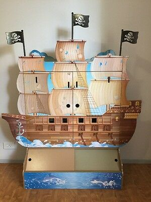 Pirate Doll House Pretend Play Play set