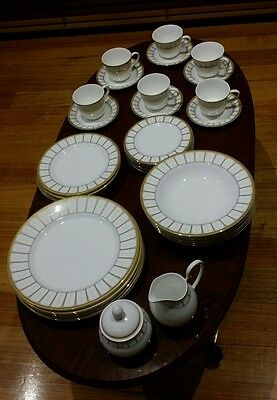 Rrp $2,480 New Royal Doulton Sovereign Dinner Set For 6 ( 38 Pieces)