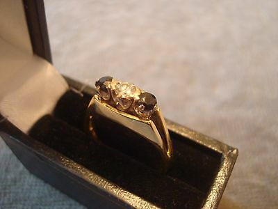 LADIES .750 18CT YELLOW GOLD DIAMOND / SAPHIRE RING 3.5g SIZE N REF 8893