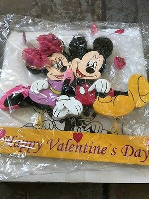 "Disney Mickey Mouse & Minnie ""Happy Valentine/Happy Spring"" Wood Plaque Sign"
