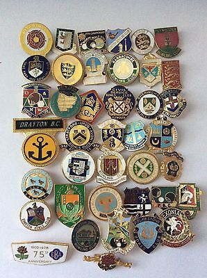 A Nice Collection Of Bowling Badges.      1