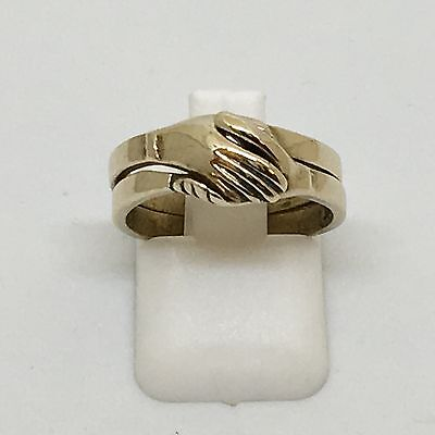 """Rare Unique Vintage 9ct Yellow Gold """"Joining Hands"""" Ring"""