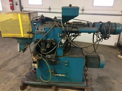 Boy 15 Plastic Injection Molding Machine, 2003 Impulse Wide