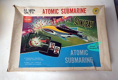 Vintage 1960s GERRY ANDERSON'S STINGRAY ATOMIC SUBMARINE MODEL KIT Paramount