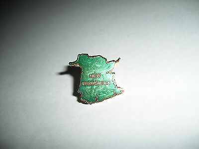 Colorful Green Enamel On Metal New Brunswick Canada Province Map Pin Back Badge