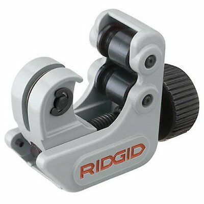 RIDGID 32985 Model 104 Close Quarters Tubing Cutter, 3/16-inch to 15/16-inch