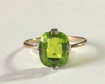 Antique Large Bright Peridot Ring in 9ct gold