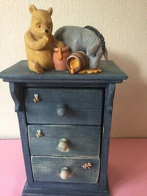Winnie The Pooh Border Fine Arts Chest Of Draws  figurine ornament A0041
