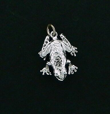 Frog Charm #1 / Pendant in Sterling    Vintage  3/D Charm