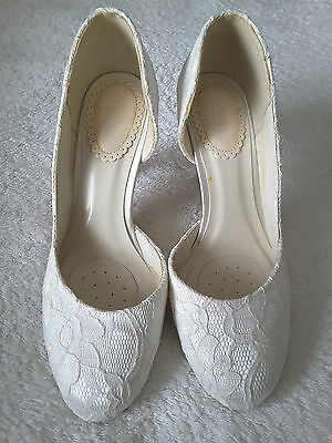 Paradox Pink Floral White Lace Wedding Shoes Size 5 BRAND NEW