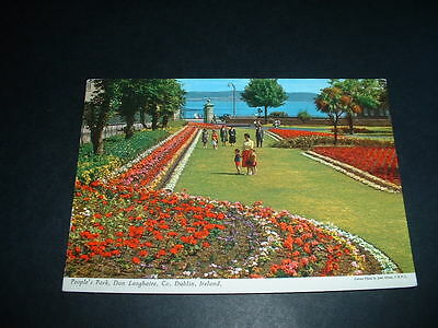 IRISH POSTCARD  PEOPLES PARK DUN LAOGHAIRE Co DUBLIN