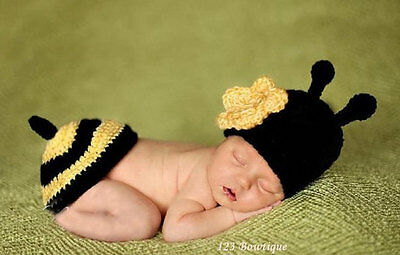 Baby Crochet Bumble Bee Hat and Tushie Cover Photo Shoot Prop Newborn 0-3 months