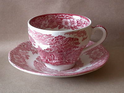CUP + SAUCER  Tasse mit UT  rot  red / pink Woodland Enoch Wedgwood England