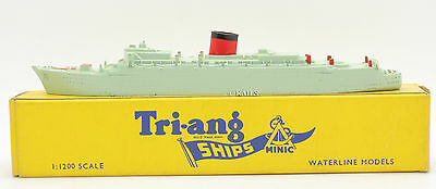 Tri-Ang Ships Minic 1:1200 Scale M701 R.m.s Caronia Oceanliner