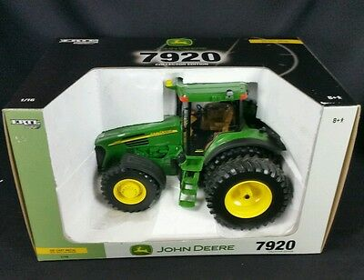 New Large 1/16 Ertl John Deere 7920 Tractor Collector Edition die cast metal toy